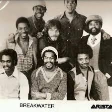 Name:  breakwater.jpg Views: 3 Size:  10.2 KB